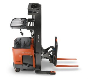 reach-truck-hero-image